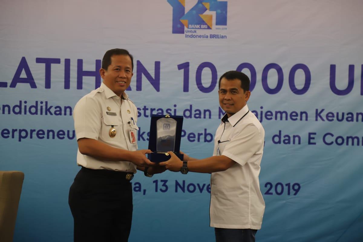 Pelatihan Manajemen Usaha untuk 100 UMKM Jakarta Utara