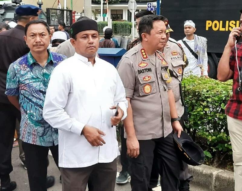 Polres Jakarta Selatan Turunkan 1.100 Personel Amankan Aksi Unjuk Rasa di Kedubes RRC