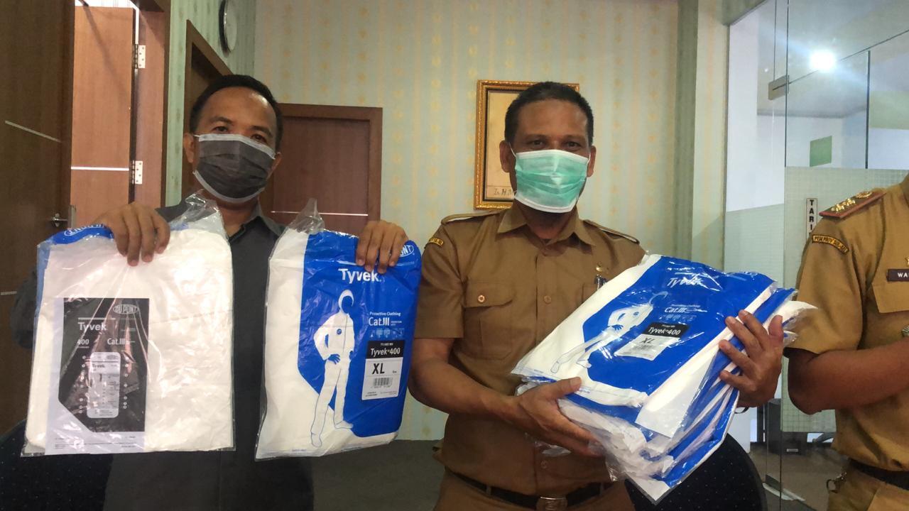 Rumah sakit Salewangang Maros Dapat bantuan Alat Pengamanan Diri (APD)