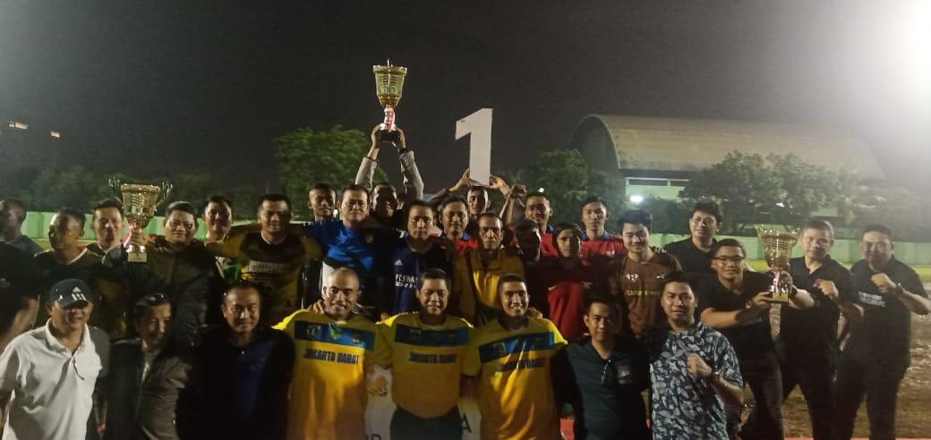 Kekompakan dan Skill Tim Kesebelasan Koramil Kalideres, Juarai Turnamen Tiga Pilar Cup 2020