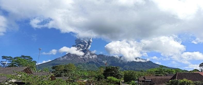 Gunung Merapi Kembali Alami Erupsi 2 Hari Ini