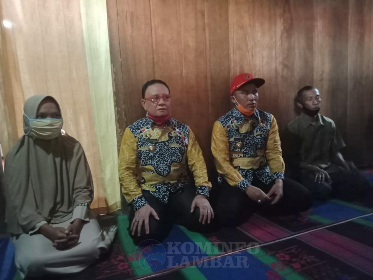 Bupati Lambar Kunjungi Orangtua Eka Maswahyuni, Yang Dilaporkan Hilang