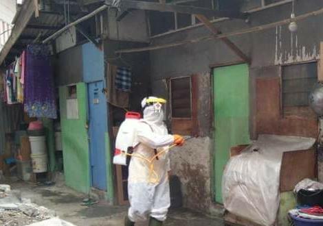 PMI Lakukan Penyemprotan Massal di 5 Titik Wilayah Kelurahan di Jakbar