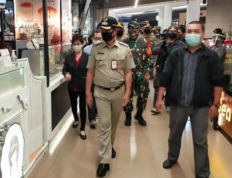 Masa PSBB Transisi, Walkot Jakbar Tinjau Pembukaan Mall di Kawasan Puri Kembangan
