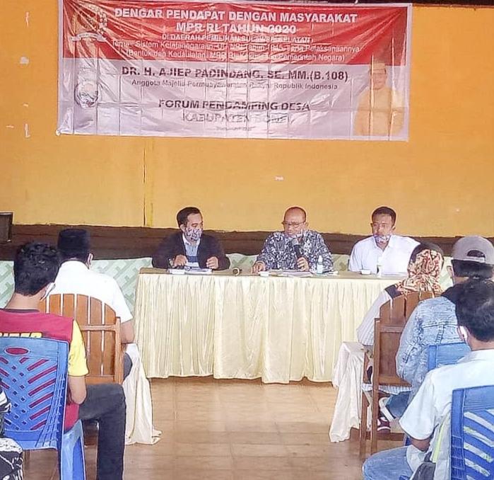 Anggota MPR RI Ajiep Padindang Dengar Pendapat di Kabupaten Bone