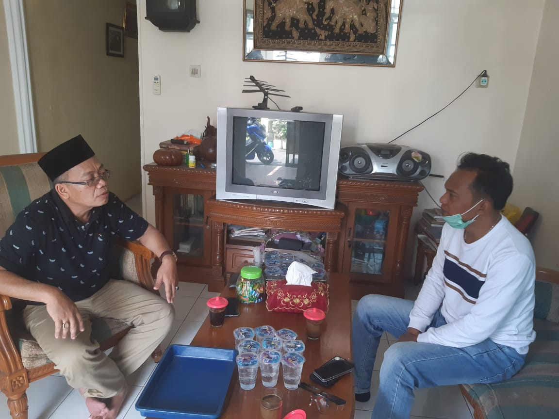 Personel Polres Metro Jakbar Silaturahmi ke RumahKetua JBP Jakarta Barat