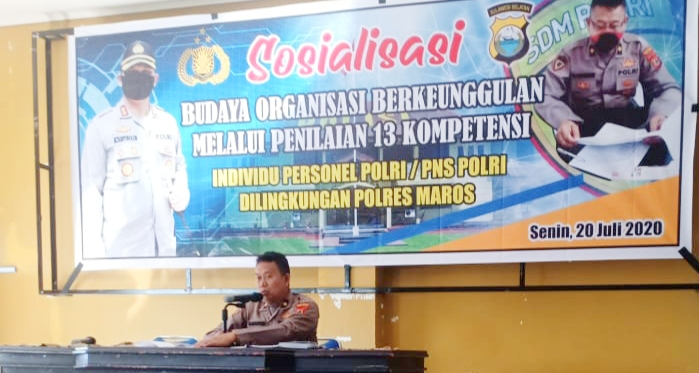 Polres Maros Gelar Sosialisasi Budaya Organisasi Melalui Penilaian 13 Kompetensi