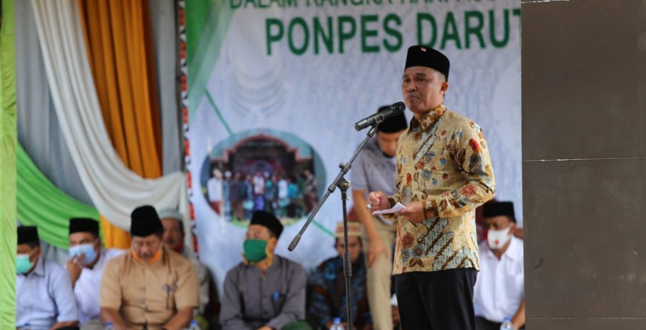 Bupati Lampung Barat H. Parosil Mabsus Hadiri Pengajian Akbar dan Santunan Anak Yatim