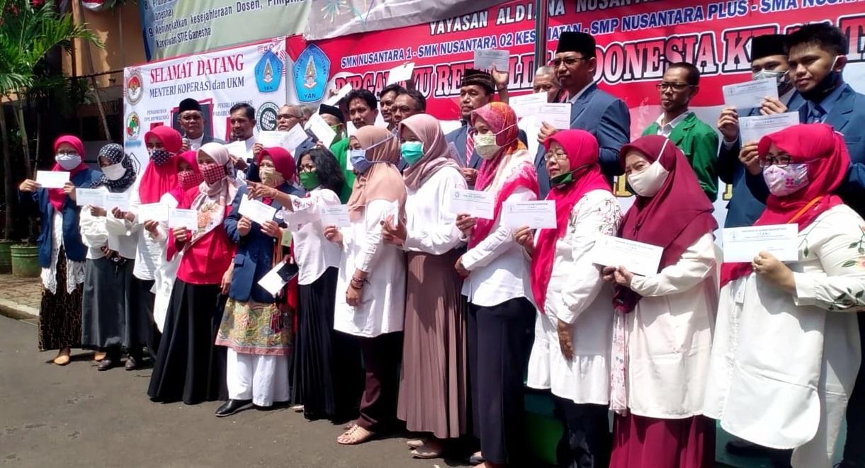 Milad ke-25 YAN Berikan Penghargaan Umroh dan Haji Kepada 23 Berdedikasi Untuk Yayasan