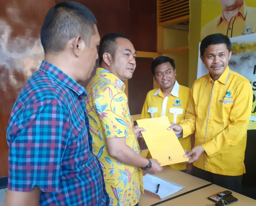 Empat Calon Ketua DPD ll Partai Golkar Maros Kembalikan Formulir Pendaftaran