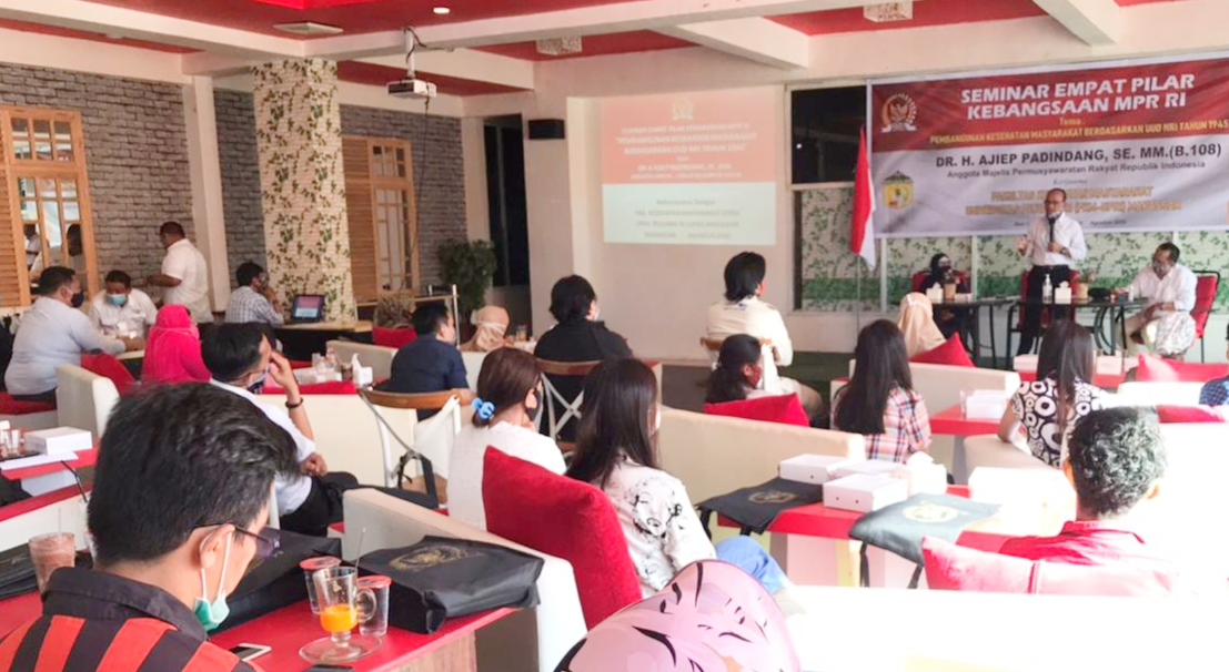 Anggota MPR DR.H.Ajip Pandindang Gelar Seminar Empat Pilar Kebangsaan MPR RI