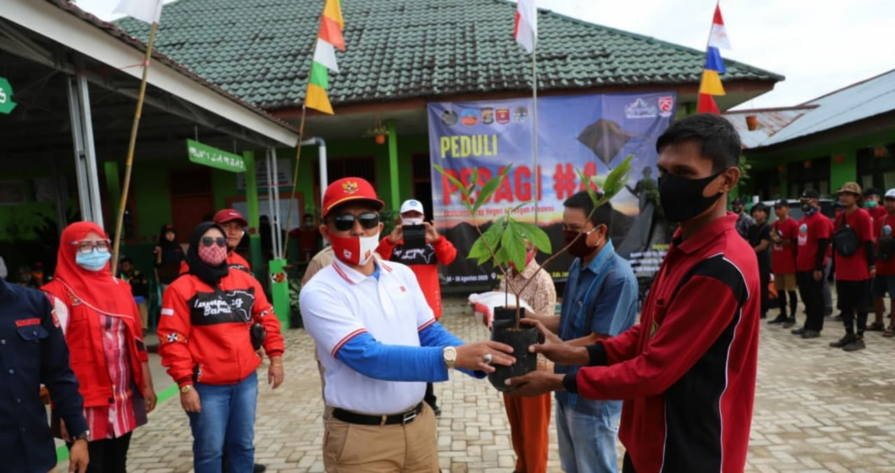Bupati Lambar Parosil Mabsus Hadiri Kegiatan Peduli Pesagu Season IV Kecamatan Belalau