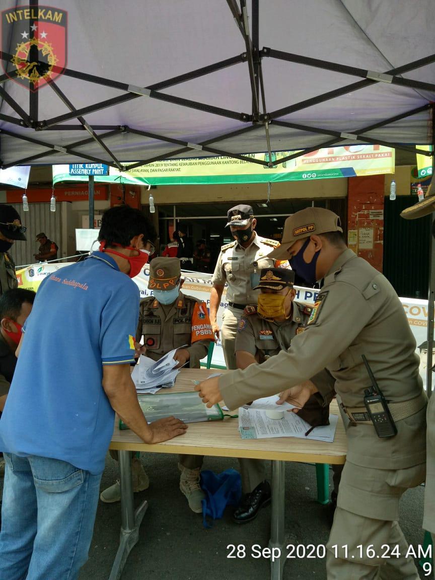 Tiga Pilar Kecamatan Tambora Lanjut Gencarkan Edukasi Prokes