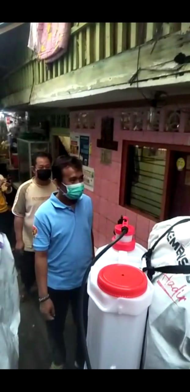 Jalan Ketentraman Keagungan Taman Sari, Disemprot Disinfektan