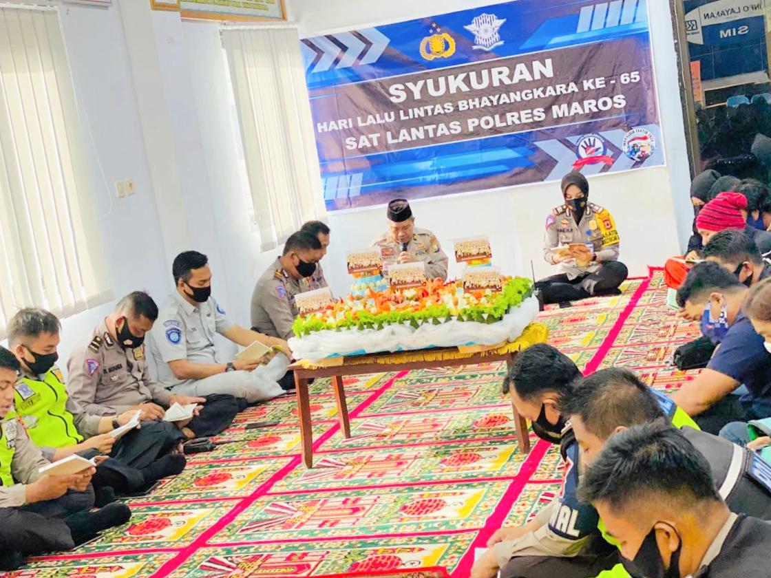 Peringati HUT Polisi Lalulintas ke-65, Sat lantas Polres Maros Gelar Syukuran