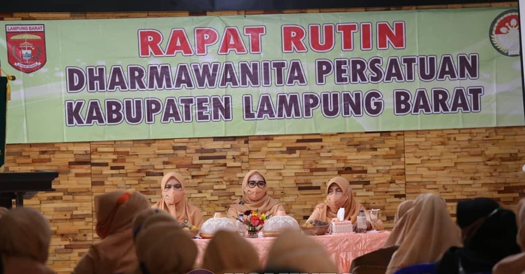 Ketua Dharma Wanita Persatuan Lambar Pimpin Rapat Rutin Terkait Peran Serta Hadapi Pandemi Covid 19