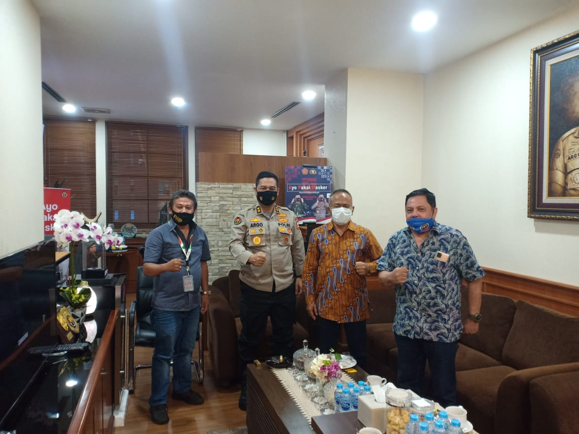 PWI Sambangi Kadiv Humas Bahas Keselamatan Wartawan Saat Liput Demo