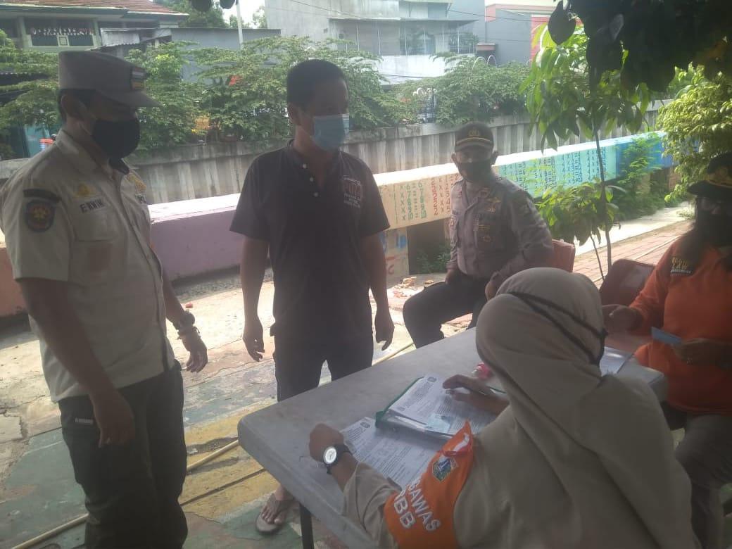Operasi Yustisi di Krendang Tambora Jakarta Barat Masih Temukan Pelanggar Prokes