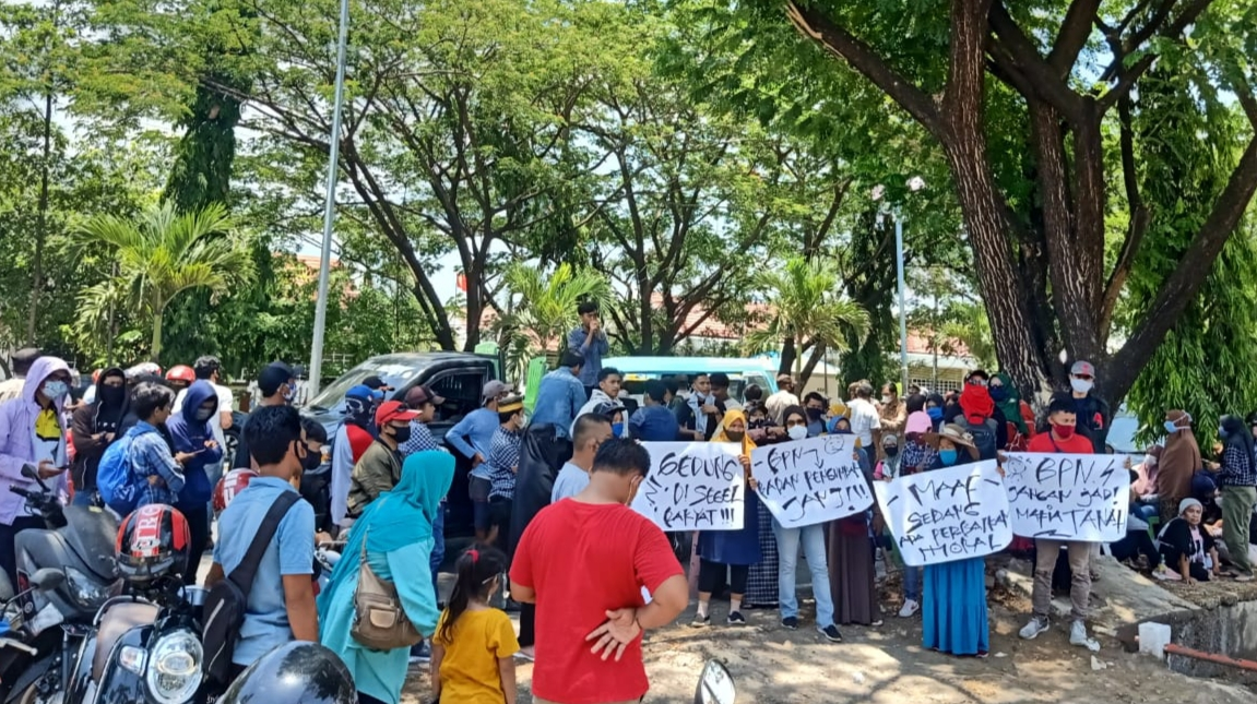 """Geram Keadilan"" Kembali Demo BPN Maros, Tutut Keadilan Pembesan Lahan Kereta Api"