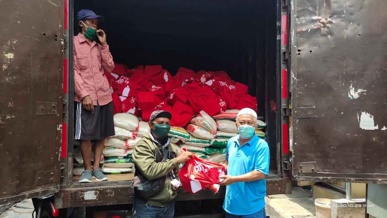 Pendistribusian Banpres RW 05 Keagungan Jakarta Barat