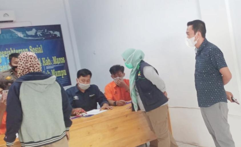 Camat Turikale Pantau Lansung Penyaluran BST Covid 19 Tahap ke- 7
