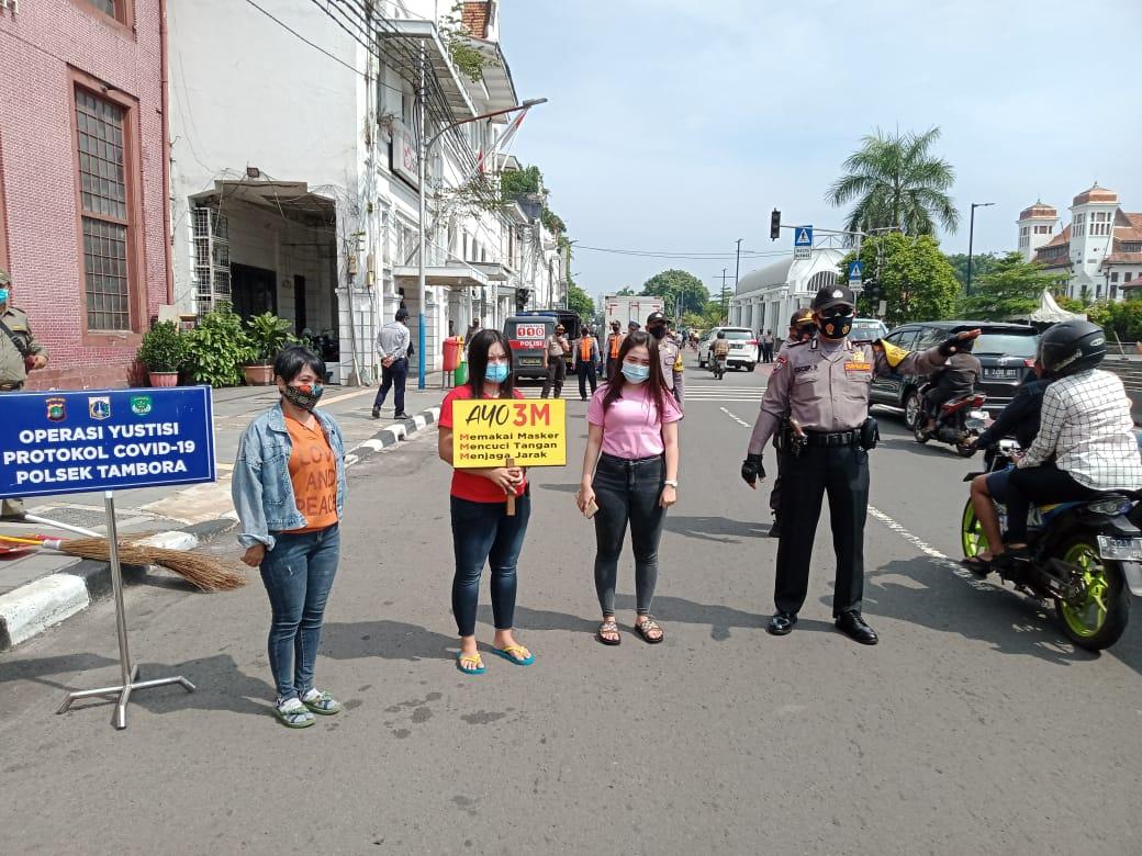 Tiga Pilar Tambora Gelar Operasi Yustisi Penegakan Prokes, Terjaring 25 Pelanggar