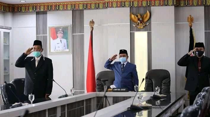 Wakil Bupati Lambar Drs Mad Hasnurin Ikuti Upacara Kesaktian Pancasila Secara Virtual