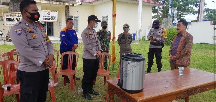 Pjs. Bupati Pesisir Barat Monitoring Posko Gabungan Libur Bersama, Antisipasi Wisatawan Melonjak
