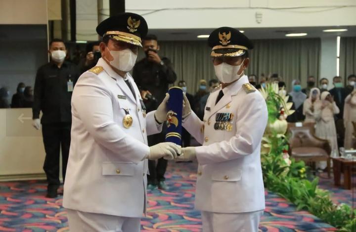 Pjs Bupati Pesibar Menghadiri Pelantikan dan Pengambilan Sumpah Jabatan Bupati Lampung Utara Sisa Masa Jabatan