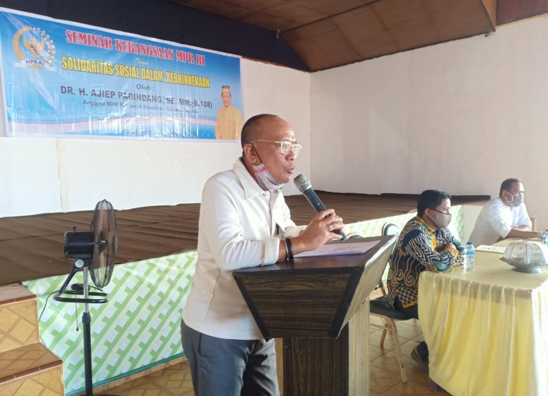 Anggota MPR RI, Ajiep Padindang Bahas Solidaritas Sosial Dalam Kebhinekaan di Kabupaten Bone