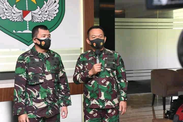 Kapuspen TNI Tegaskan Panglima TNI Tak Perlu Keluarkan Perintah Turunkan Baliho HRS, Kewenangan Ada di Pangdam Jaya