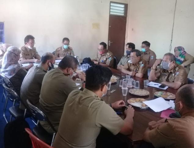 Mewakili Bupati, Sekda Pesibar Tandatangani Kerjasama Dengan TNBBS