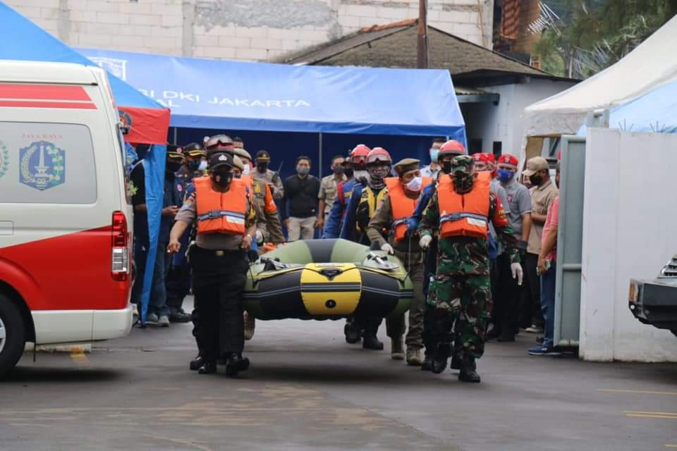 Pemkot Administrasi Jakbar Bersama TNI/Polri Gelar Simulasi Percontohan KTB di Kelurahan Rawa Buaya, Cengkareng,