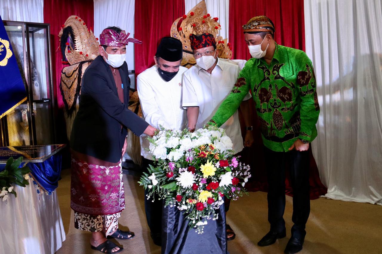 Gubernu Koster Sebut Menteri Agama Fachrul Razi Sudah Merevisi Buku-buku Pelajaran Agama Hindu