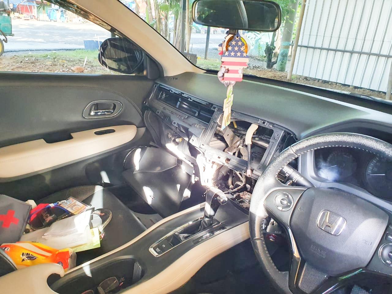 Mobil Perwira Polisi Dibobol Maling, Pencurian Tape Mobil Marak di Maros