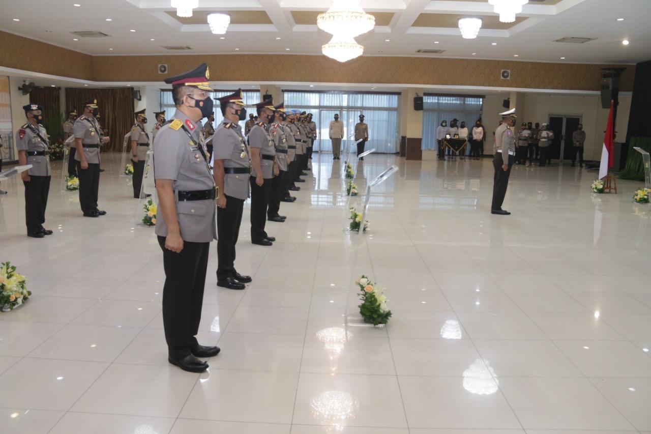Kombes Ady Wibowo Menggantikan Kombes Audie S Latuheru Menjabat Kapolres Metro Jakarta Barat