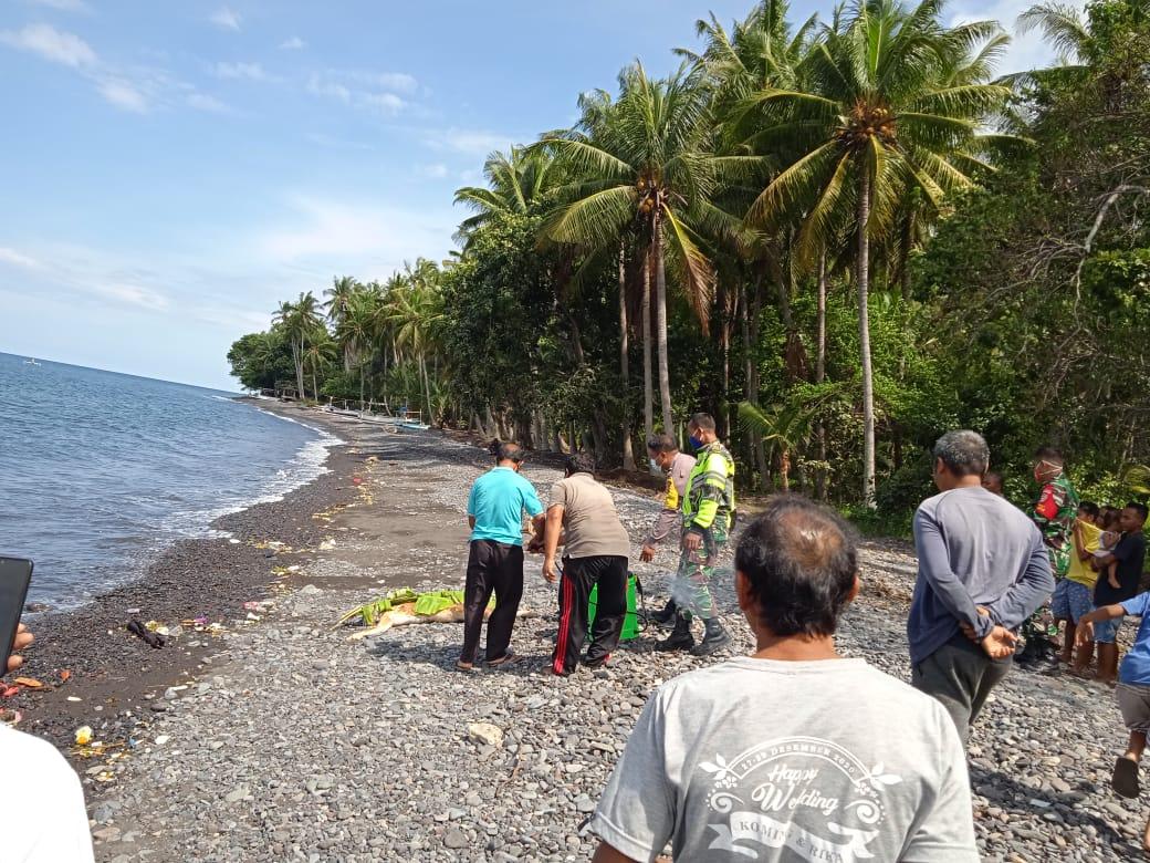Ditemukan Mayat Mengapung Tanpa Identitas di Pesisir Pantai Desa Les