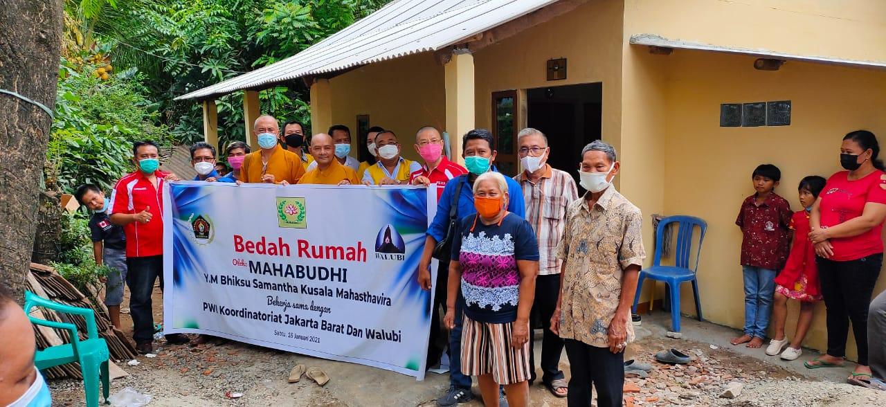 PWI Koordinatoriat Jakbar Bersama Walubi dan Mahabudhi Resmikan Program Bedah Rumah