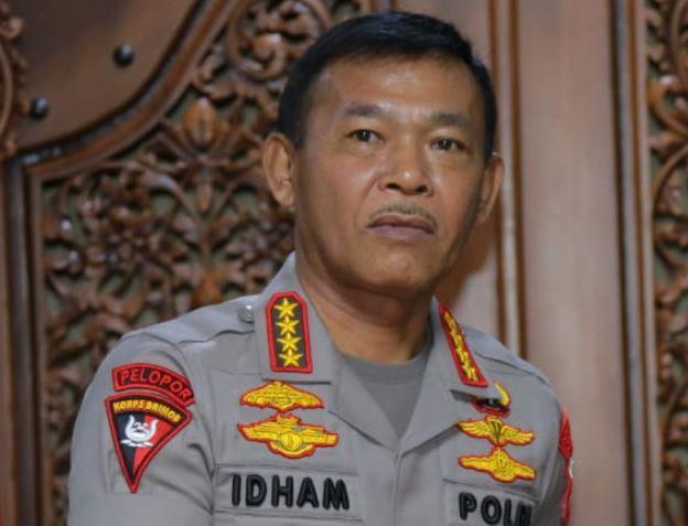 Kapolri Berikan Kenaikan Pangkat Luar Biasa 32 Personel Berhasil Menangkap DPO Terorisme di Lampung