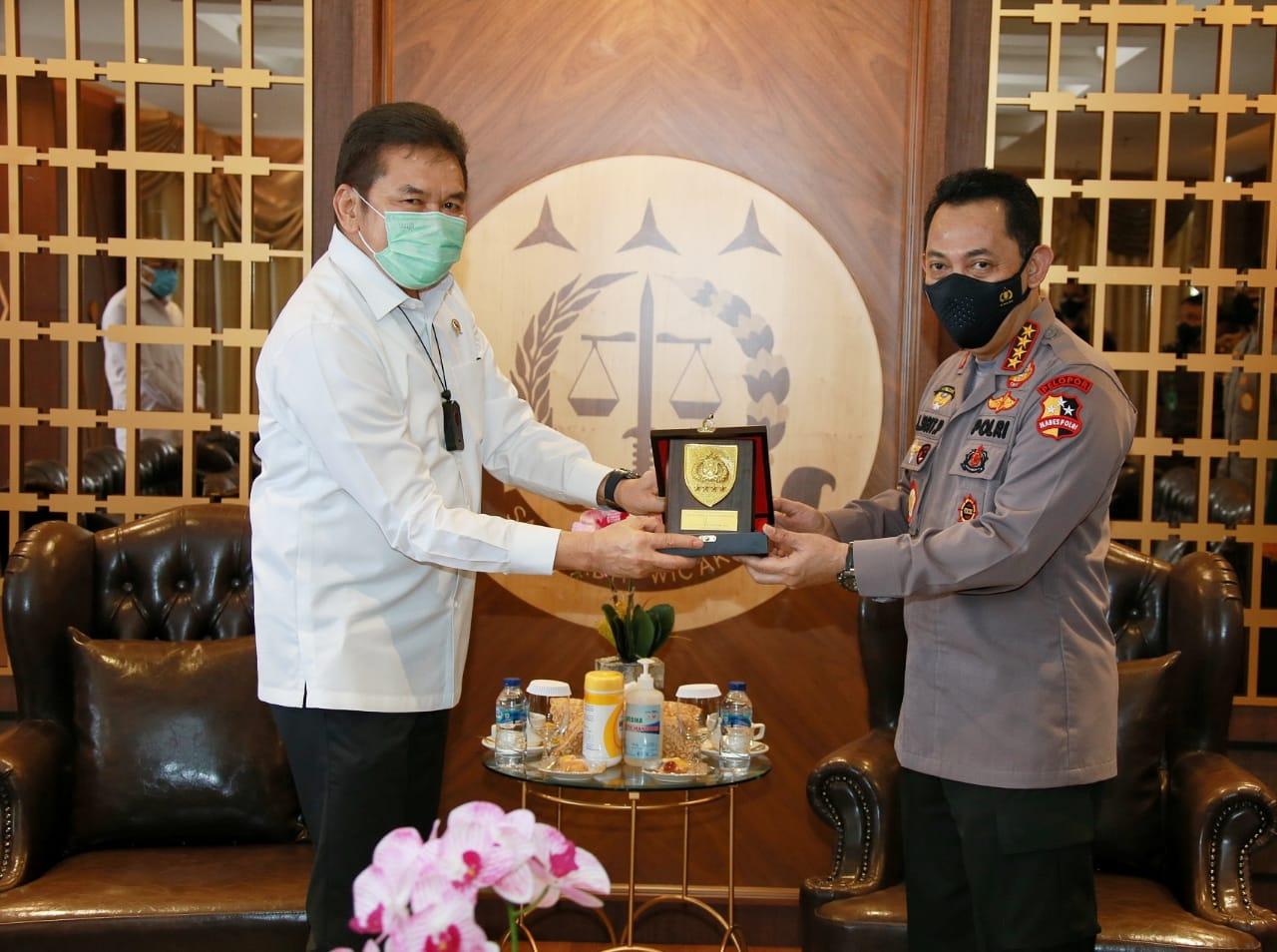 Kapolri Kunjungi Jaksa Agung, Burhanuddin: Perkuat Peningkatan Sinergitas