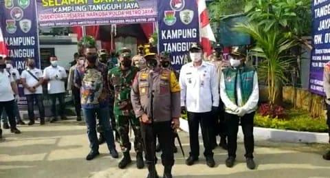 Kapolda Metro Jaya Kunjungi Kampung Binaan Ditresnarkoba