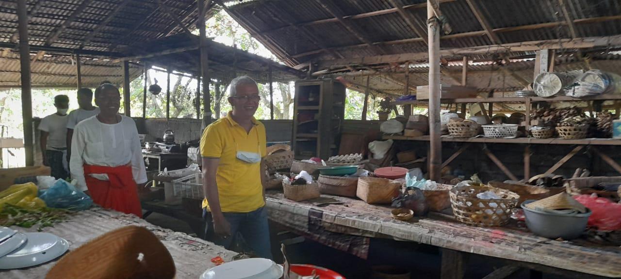 Ketua DPD Golkar IG Kresna Budi Silaturahmi Kediaman Kesesepuh Jagaraga
