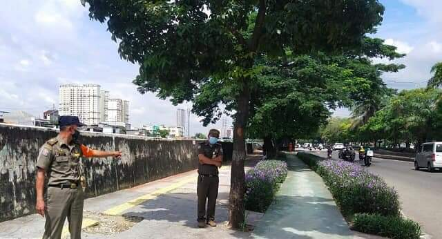 Dimasa Pandemi Covid-19, Satpol PP Kecamatan Cengkareng Gencar Lakukan Penegakan Perda di Wilayahnya