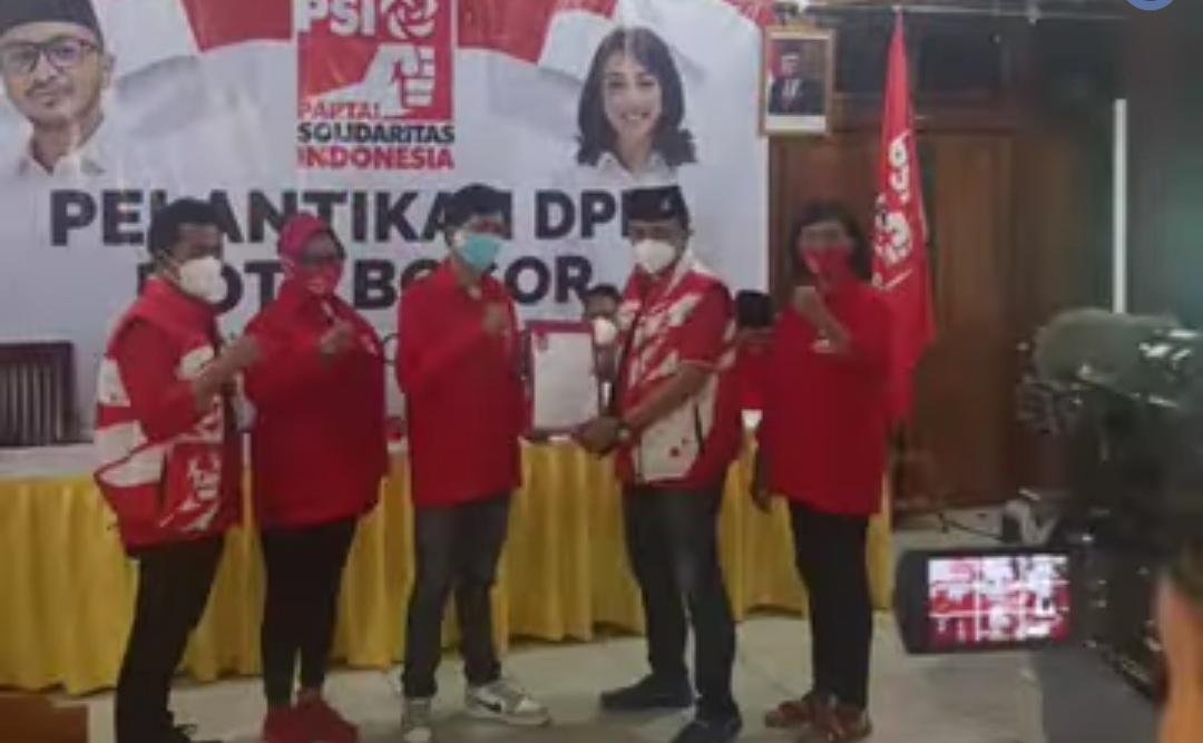 Usai Pelantikan, DPD dan DPC PSI Bogor Lakukan Aksi Sosial