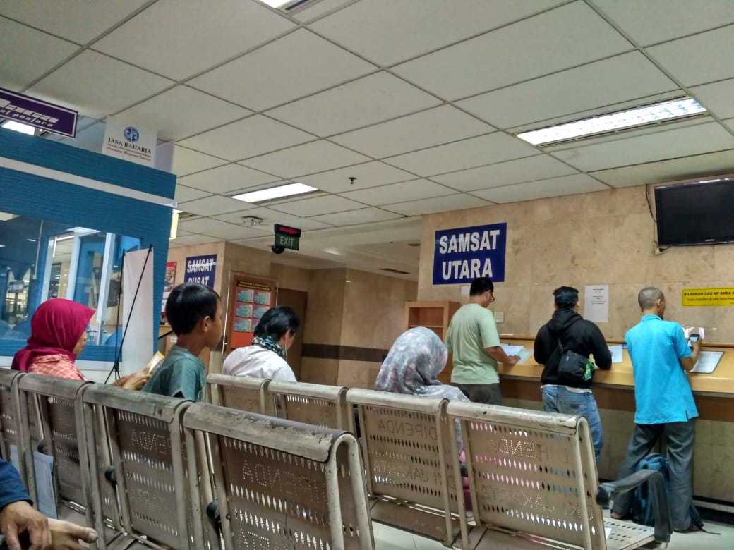Kapolda Metro Irjen Pol. Fadil Imran Diminta Tindak Tegas Dugaan Calo dan Pungli di Samsat Jakarta Utara