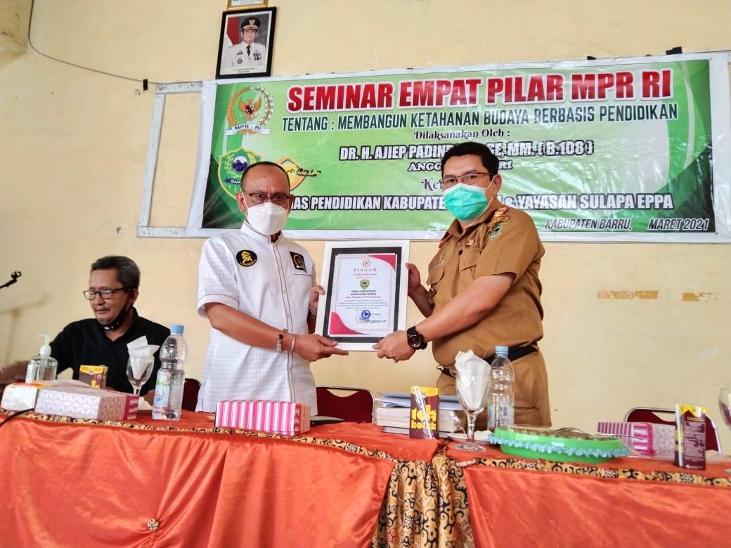 DR.H.Ajiep Padindang Bahas Ketahanan Budaya di Kabupaten Barru