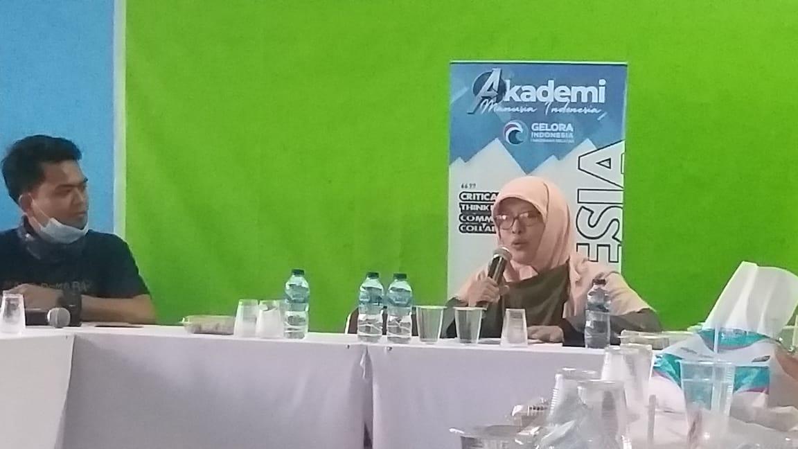 AMI Partai Gelora, Siti Saidah: Membangun Komunikasi Publik Menjadi Politisi yang Baik