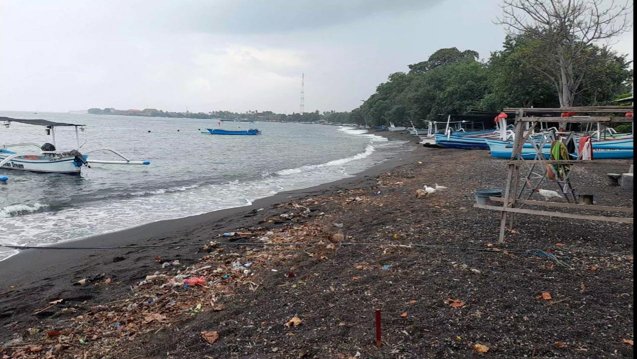 Diduga Ditunggangi Kepentingan Pribadi, Natural Pantai Anturan Akan Sirna