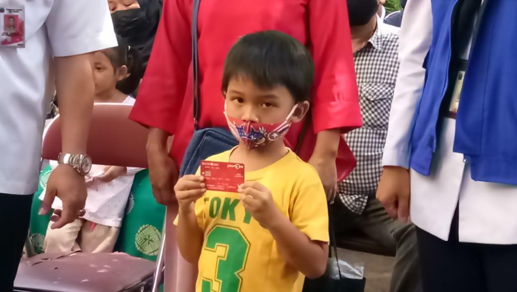 Kecamatan Kebayoran Baru Hari Ini Cairkan Bansos Kartu Anak Jakarta