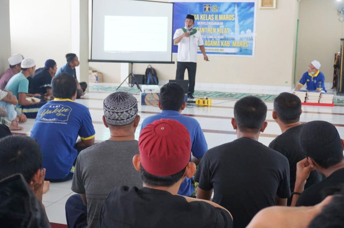 LPKA Kelas ll Maros Selesai Laksanakan Pesantren Kilat Bagi Warga Binaan